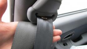 Не втягиваются ремни в авто: причины и решение проблемы