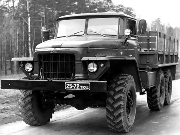 Урал-375 фото